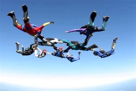 Parachute Dive by Skydiving