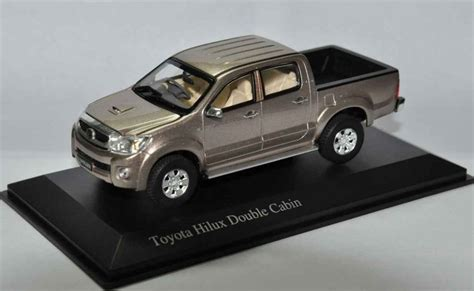 Bid Or Bay Models Toyota Hilux D Cab Extremely Die Cast Model