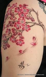 Tattoo Fleur De Cerisier : un tatouage de branche de cerisier 10 inkage ~ Melissatoandfro.com Idées de Décoration