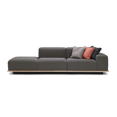 Meet 2 Seater Center Sofa Fattorinirizzinipartners