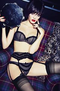 Lingerie Chantal Thomass : 24 best lingerie chantal thomass images on pinterest boudoir fall winter and father father ~ Melissatoandfro.com Idées de Décoration
