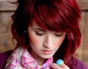 Acheter Coloration Rouge Framboise : coloration rouge comment avoir les cheveux rouge les nuances ~ Melissatoandfro.com Idées de Décoration