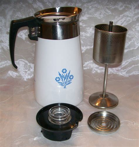 How a coffee percolator works. Vintage Corning BLUE CORNFLOWER Stove Top 9 Cup Coffee Pot /Percolator - GUC - Corning Ware, Corelle
