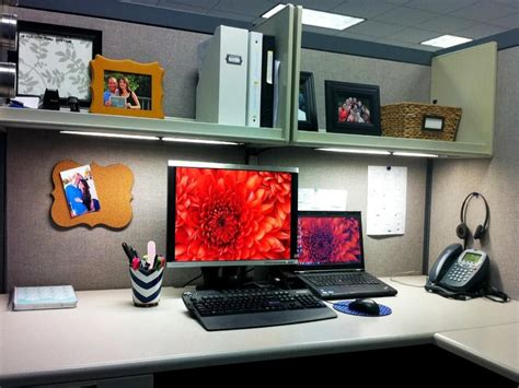 outrageous cubicle birthday decorations help desk images cubicle makeover ideas office