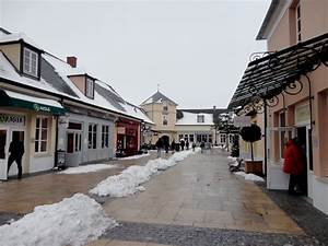 Nouveau Magasin Val D Europe : la vall e village prix d usine rue du s jour pour ~ Dailycaller-alerts.com Idées de Décoration