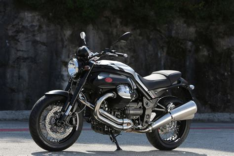 moto guzzi griso  special edition shows aesthetic