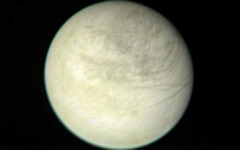 Space Images | Europa from 2,869,252 Kilometers
