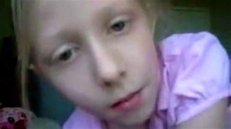 Showing Porn Images For Stickam Omegle Webcam Girls Porn