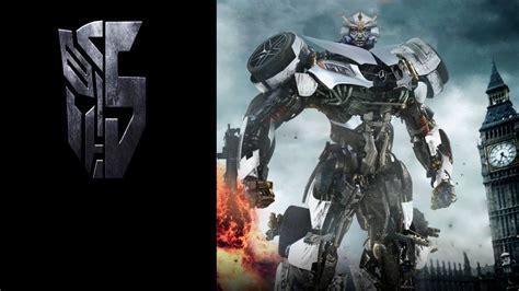Cast Robots (2017