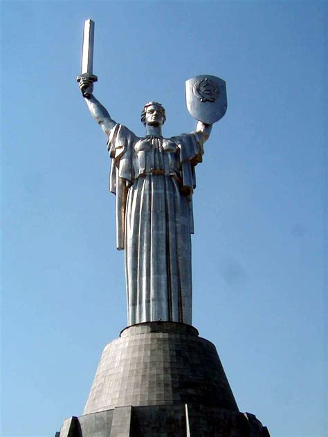 mother motherland kiev ukraine  beautiful places