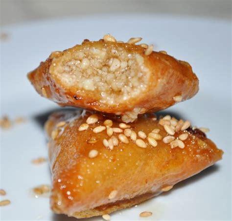 les recettes de la cuisine briouates aux amandes les recettes de la cuisine de asmaa