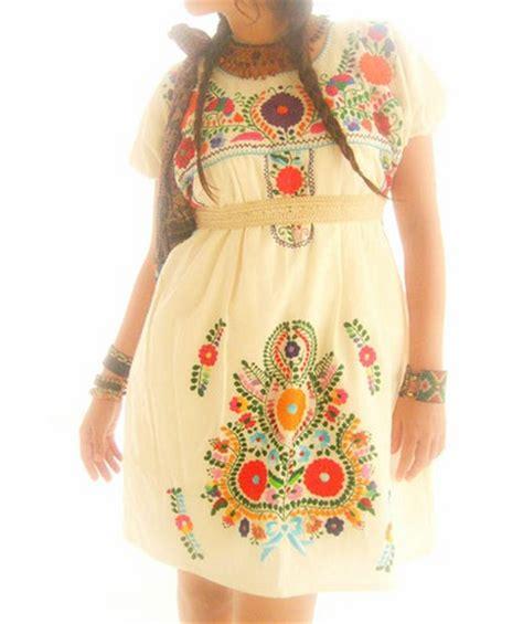 Vestido Mexicano Native traditional Mexican dress in Manta | Flickr - Photo Sharing!