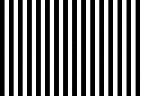 zwarte en witte verticale strepen gratis stock foto