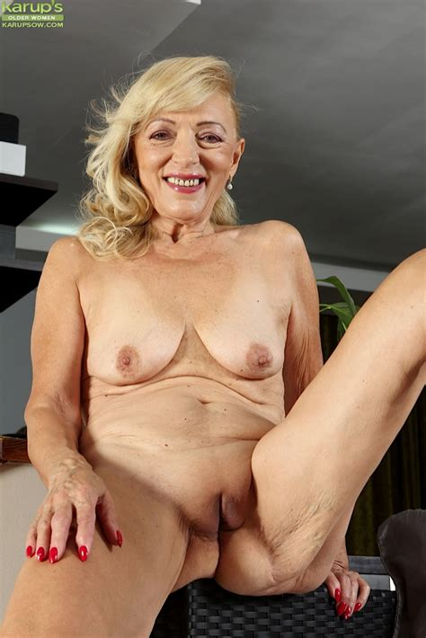 Horny Granny Janet Lesley Bares Saggy Tits And Spreads Wet