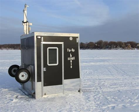 custom cottages introduces  ice fishing deer hunting