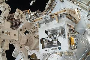 NASA's space station fix-it demo for satellites gets ...