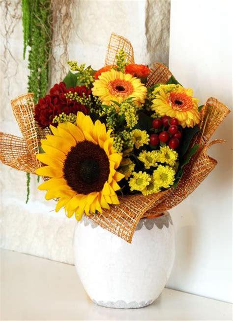 25 Fall Flower Arrangements, Thanksgiving Table