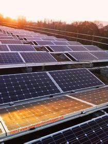 Solar Auf Dem Dach : fitze dach ag der dachdecker montiert solaranlagen auf dem dach hier eine grossanlage in basel ~ Heinz-duthel.com Haus und Dekorationen