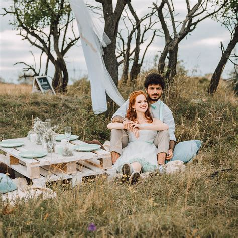 Wundervolle Inspirationen Fuer Und Mit Diy Haengegarten by Brautkleid Mit Chucks Zur Hochzeit Diy Inspiration