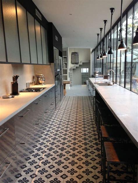 images of kitchen flooring les 25 meilleures id 233 es de la cat 233 gorie sol en damier sur 4637