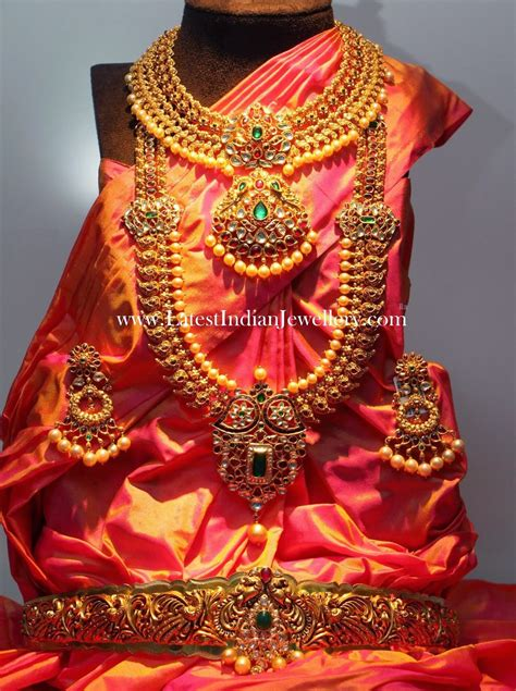 complete indian wedding jewellery set  gold latest