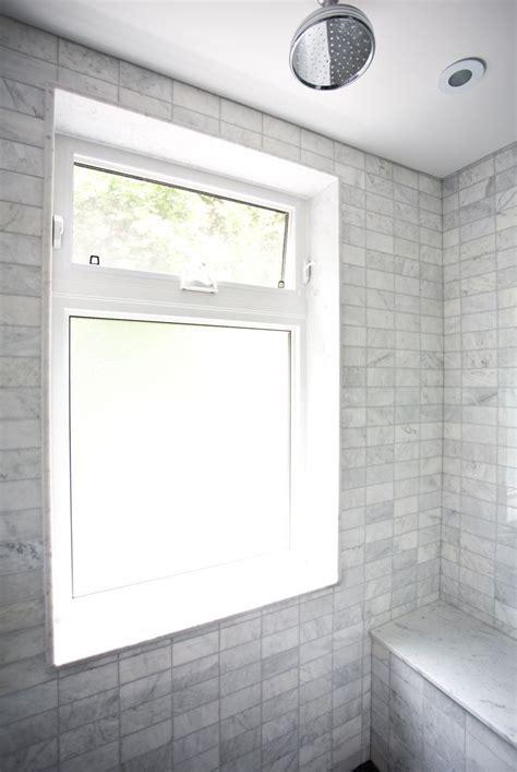 Dusche Mit Fenster by Best 25 Window In Shower Ideas On Shower