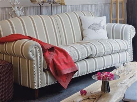 canapé convertible style anglais canapé style anglais fleuri canapé idées de décoration