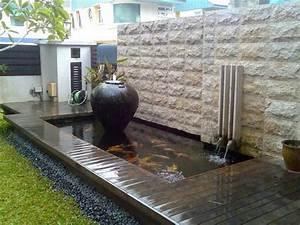 carpes koi dans le bassin a poisson moderne en 40 exemples With lovely amenagement petit jardin avec terrasse 8 bassin deau dans le jardin 85 idees pour sinspirer