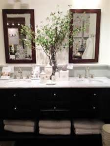 office bathroom decorating ideas 1000 images about decorating ideas on office bathroom traditional home offices and