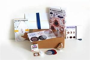 Petite Boite En Carton : ma petite bo te en carton d cembre 2015 la box du mois avis et tests de box mensuelles ~ Teatrodelosmanantiales.com Idées de Décoration
