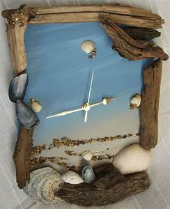 40 diy driftwood inspiration ideas my desired home for Kitchen cabinet trends 2018 combined with arts and crafts style wall clock