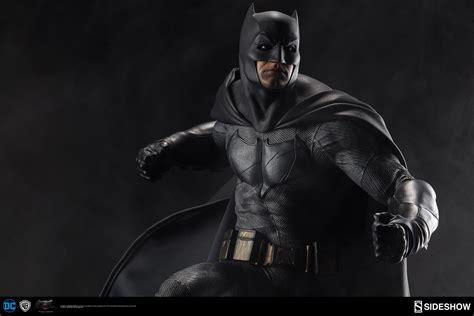 Dc Comics Batman Premium Format(tm) Figure By Sideshow