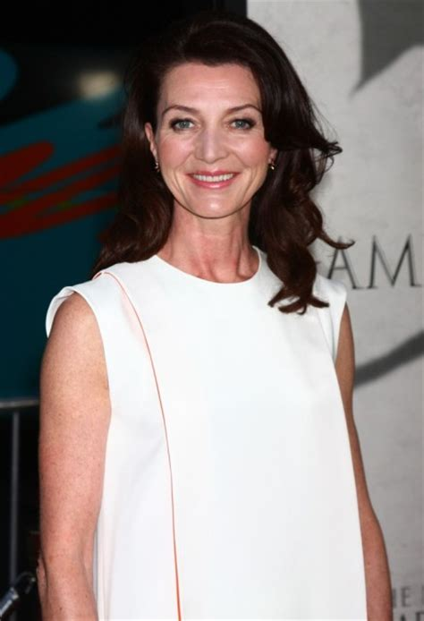 Michelle Fairley Bra Size, Age, Weight, Height, Measurements - Celebrity Sizes