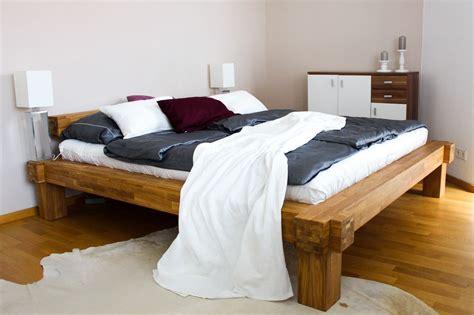 schlafzimmer ideen holzbett interior update schlafzimmer bed room bett