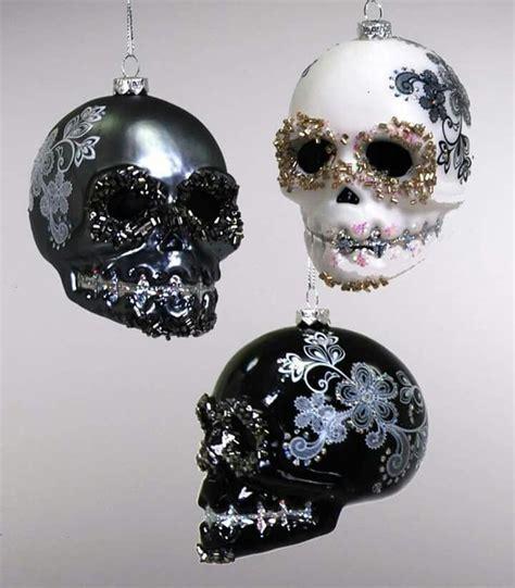 skull decor ideas  pinterest skull planter