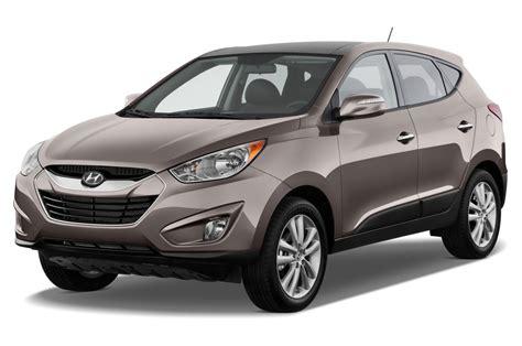 Beralih ke tampilan samping, hyundai tucson gls 2012 menonjolkan aura ala suv perkotaan yang kompak dan modern. 2012 Hyundai Tucson Reviews and Rating   Motor Trend