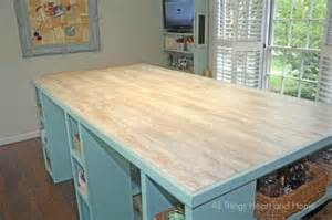 Not Staggering Laminate Flooring by Craft Room Table Using Laminate Flooring