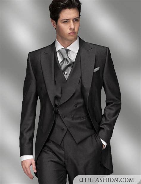 Three Piece Suits Designs For Men 2018