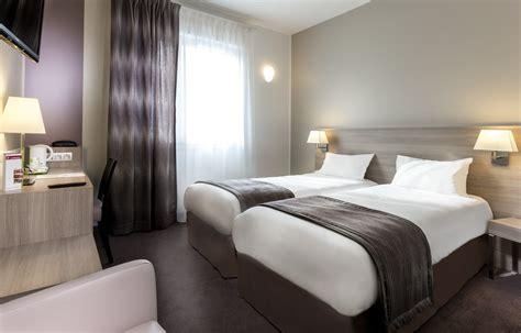 chambre pour 4 personnes lit jumeaux pour