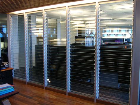 louvre windows  commercial office buildings australia