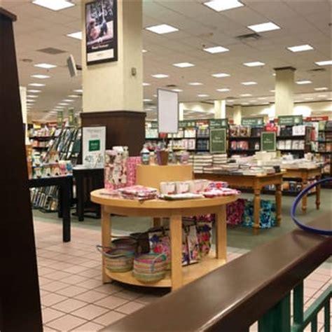 barnes and noble tulsa barnes noble 12 photos 10 reviews bookshops 5231