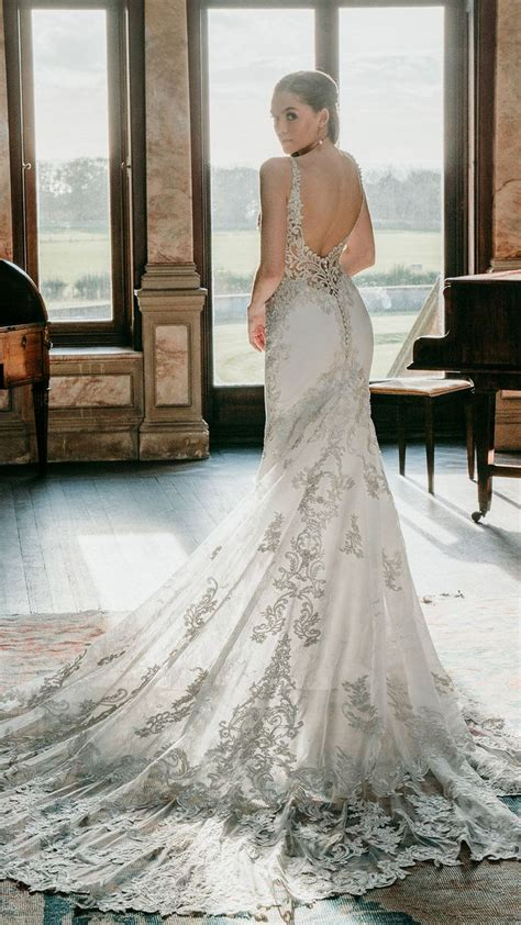 ALLURE COUTURE wedding dress style C574. This glamorous ...