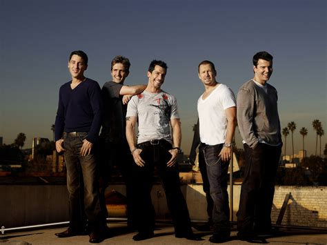 New Kids On The Block Photo Gallery  6 High Quality Pics