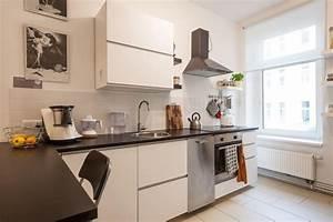 Moderne Fliesen Küche : moderne k che in berliner altbau mit beigen fliesen ~ A.2002-acura-tl-radio.info Haus und Dekorationen