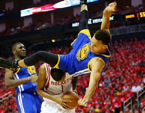 stephen currys scary fall raises concussion questions