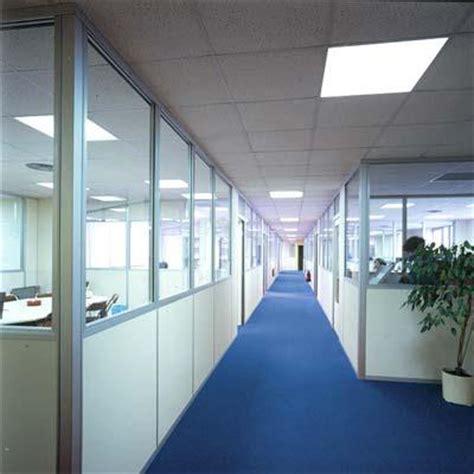 cloison bureaux photos cloisons de bureaux page 1 hellopro fr