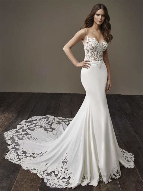 glamorously modern badgley mischka wedding dresses bride