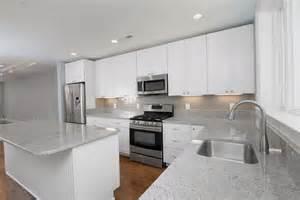 backsplash for white kitchen cabinets white kitchen cabinets subway tile backsplash home design ideas