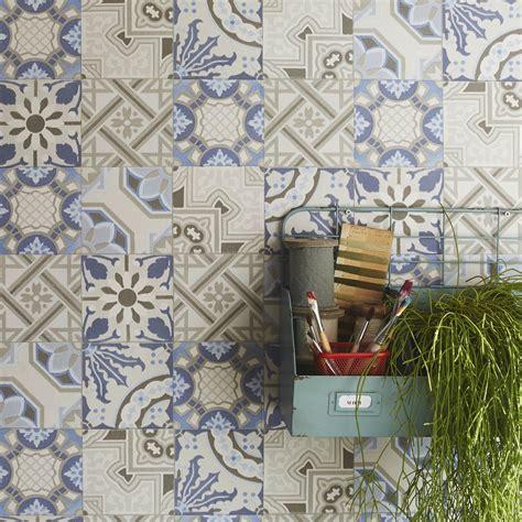 cuisine à domicile papier peint intissé patch de mosaique bleu leroy merlin