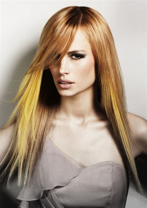 Golden Colored Hair by Golden With Yellow Streaks Hair Colors Ideas